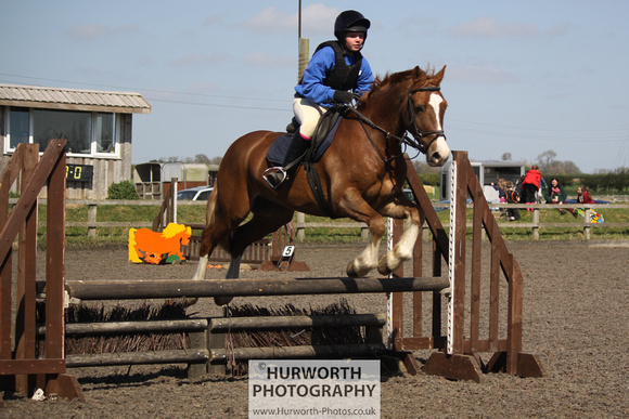 Hurworth Good Friday Show Cross 085
